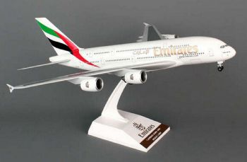 Airbus A380-800 Emirates Airline Resin Skymarks Collectors Model Scale 1:200 SKR698 E